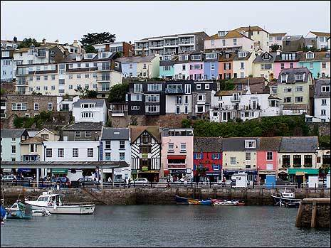 brixham_cottages_bowden_465x349[1]